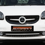 Front grille SLS in white with original Mercedes emblem for Smart Fortwo 453