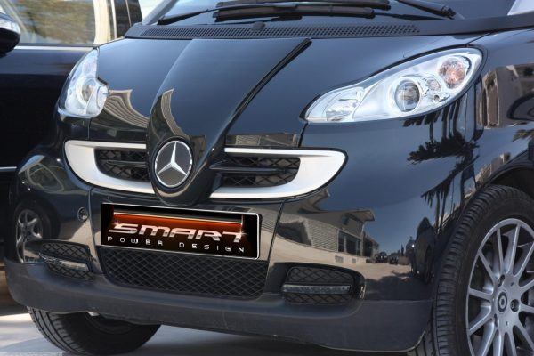 Front end grille F1 McLaren for Smart Fortwo 451 in color deep black