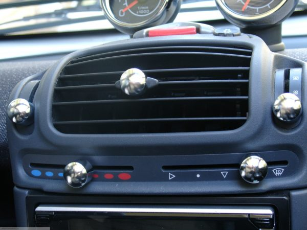Heater Sliding Control knobs in chrome matt of the centre console for Smart Fortwo 450