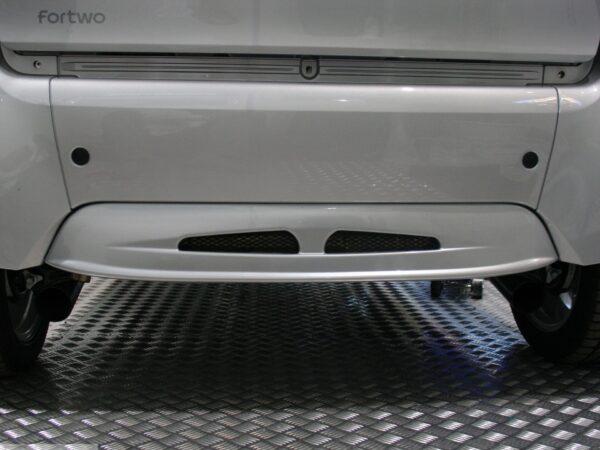 Rear spoiler in color river silver for Smart Fortwo 450