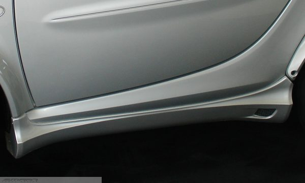 Side skirts in color river silver for Smart Fortwo 450 coupé