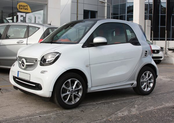 Side skirts for Smart Fortwo 453 coupé and cabrio in color cool silver metallic